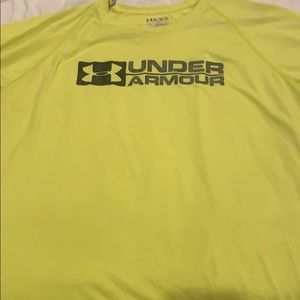 Under Armour T-shirt size extra large